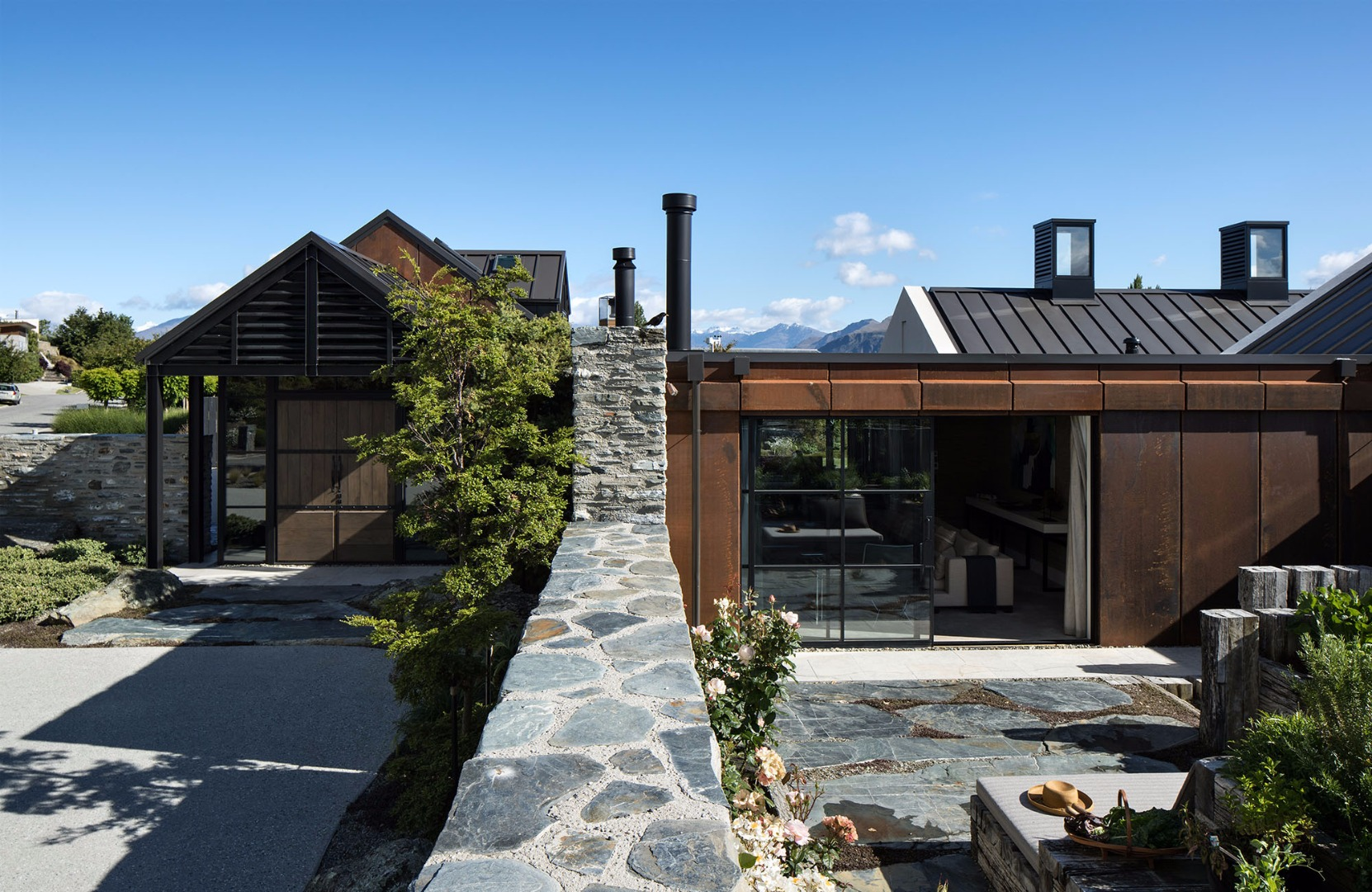 Bardon House, Sumich Chaplin Architects